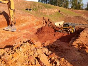 Soil retaining wall